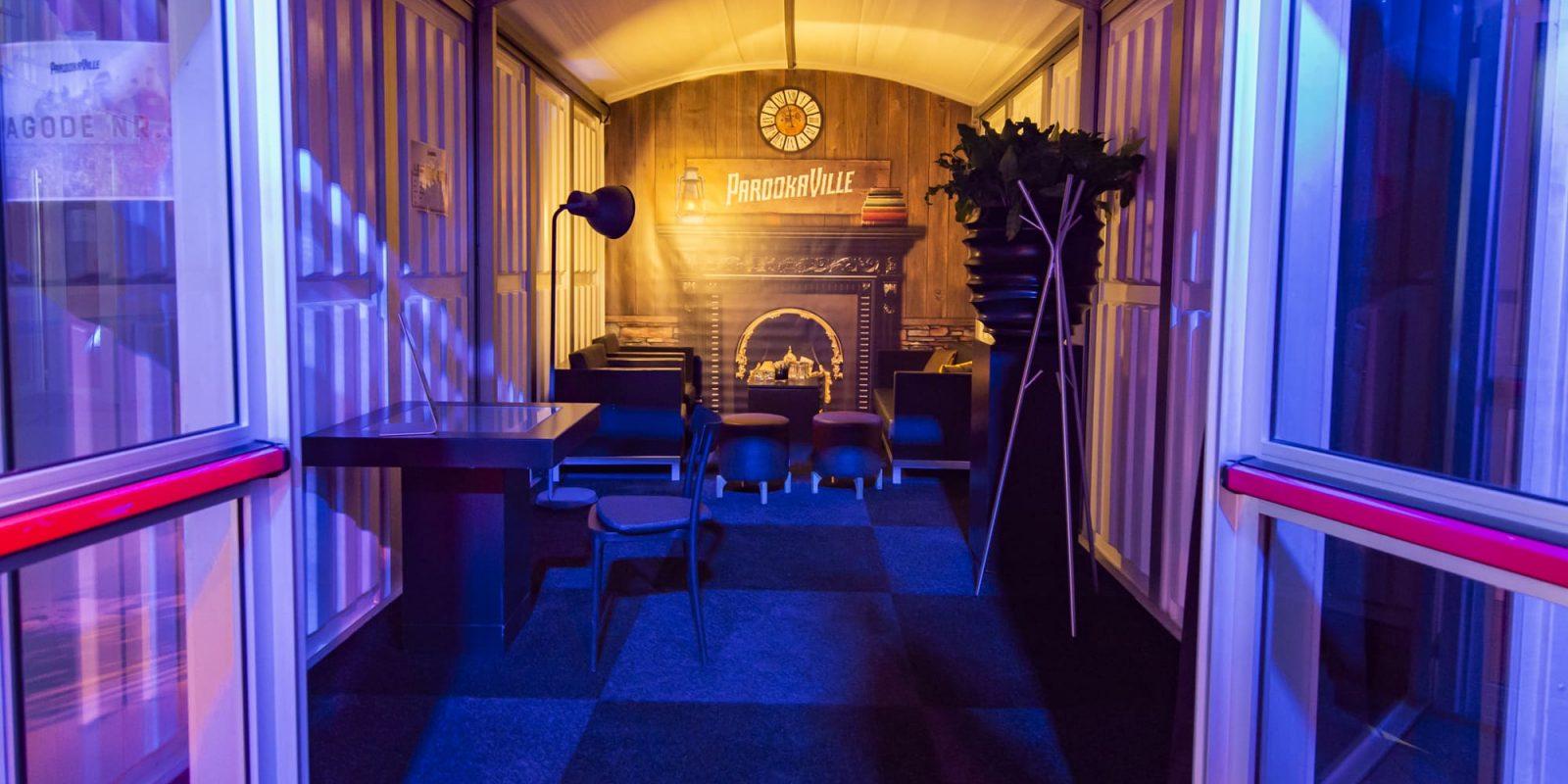 Bas de Boer - Eventstyling Parookaville Festival 2019 : Backstage : Künstlergarderoben : Loungemöbel : ArtistVillage : Backstagebereich : www.basdeboer-eventstyling.de - 098