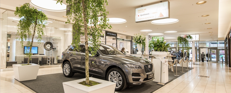 Bas de Boer – Eventstyling für Autohäuser, Automessen, Autopräsentation, Kundenevent, Kundenveranstaltungen - Eventmöbel, Dekorationen und Event-Equipment (www.basdeboer-eventstyling.de)