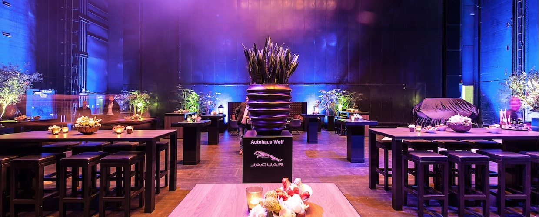 Bas de Boer - Eventstyling für Produktpräsentation, Autopräsentation, Automessen, Autoshow - Event-Ausstaattung, Eventmöbel, Dekoration, Pflanzen, Eyecatcher